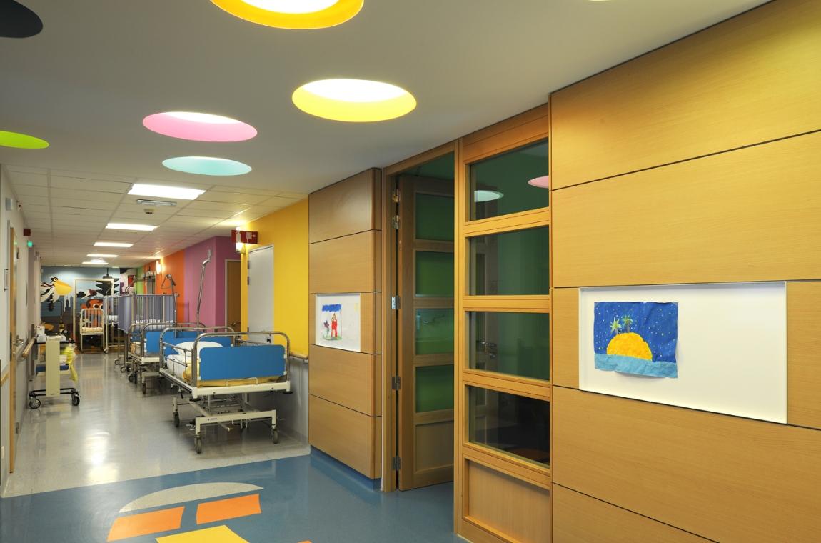 clinique sainte anne saint r mi service de p diatrie. Black Bedroom Furniture Sets. Home Design Ideas